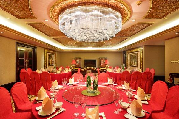 Royal Mediterranean Hotel - 12