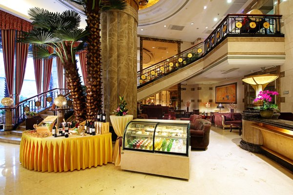 Royal Mediterranean Hotel - 13
