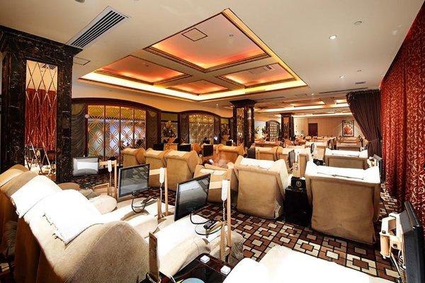 Royal Mediterranean Hotel - 14
