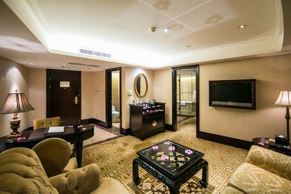 Royal Mediterranean Hotel - 5