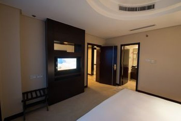 Yi Mei Plaza Hotel - 5