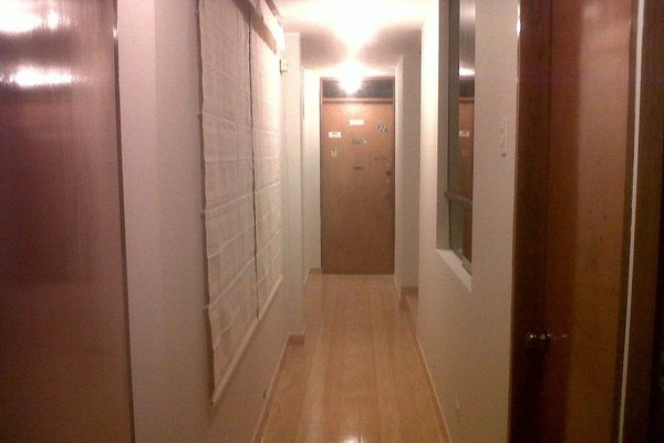Javi's Rooms - фото 8