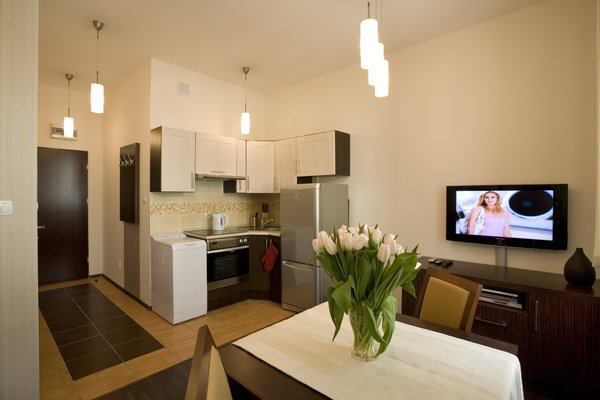 Solny Square Aparthotel - фото 8