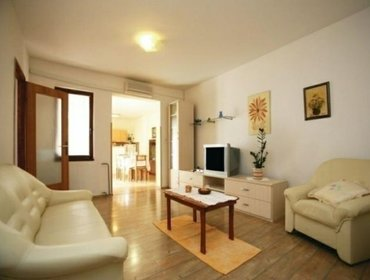 Apartments Rental Apartment Krnica-Hreljici - Barban, 2 bedrooms, 5 persons