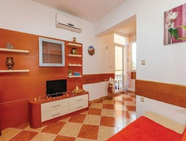 Apartments Rental Apartment Crikvenica-Dramalj - Dramalj, 2 bedrooms, 6 persons