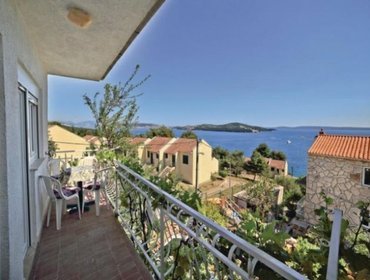 Апартаменты Rental Apartment Trogir-Seget Vranjica - Seget Vranjica, 2 bedrooms, 4 persons