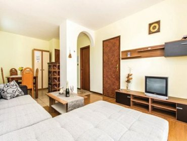 Apartments Rental Apartment Krk-Gabonjin - Malinska, 2 bedrooms, 4 persons