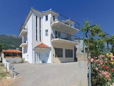 Апартаменты Rental Apartment Trogir-Kastel Stari - Kastel Stari, 3 bedrooms, 8 persons