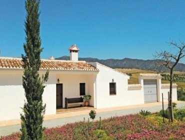 Apartments Rental Villa Cortijo Cantareseee - Pizarra, 3 bedrooms, 6 persons