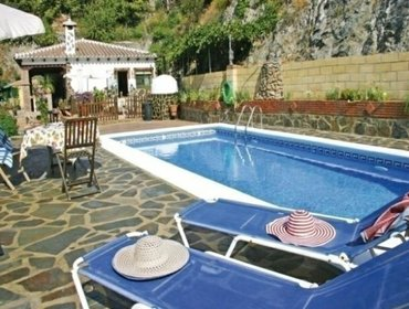 Apartments Rental Villa Rio de la Mieleee - Nerja, 3 bedrooms, 5 persons