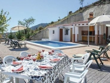 Apartments Rental Villa Daimalos - Archez, 4 bedrooms, 8 persons