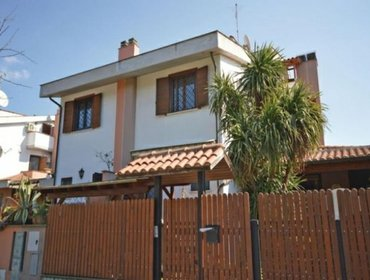 Апартаменты Rental Villa Ladispoli - Ladispoli RM, 3 bedrooms, 12 persons