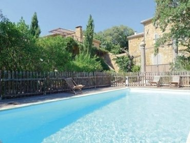 Apartments Rental Villa BARON - Uzes, 4 bedrooms, 10 persons