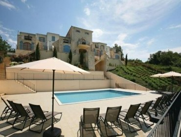 Apartments Rental Apartment Buje-Bibali - Buje, 3 bedrooms, 6 persons
