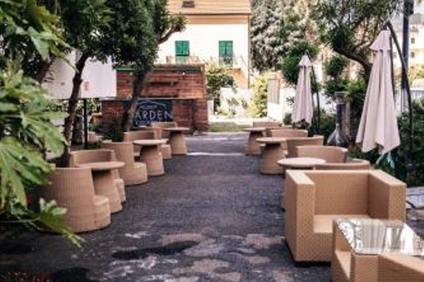 Hotel Capri - 19