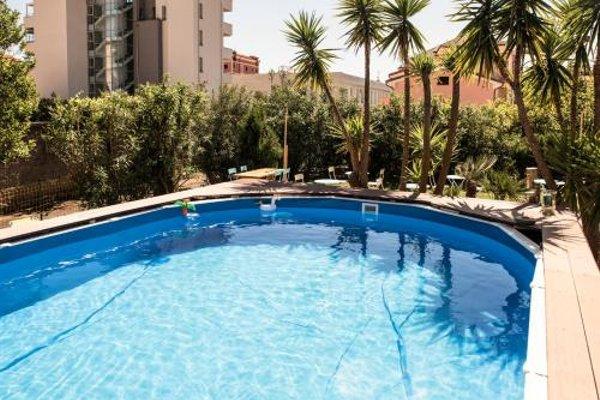 Hotel Capri - 20
