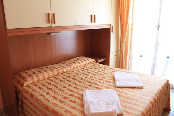 Hotel Capri - 3