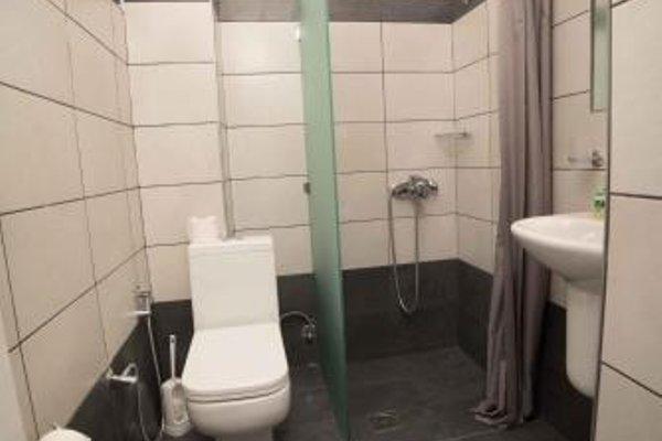 Athena Apartments - фото 3