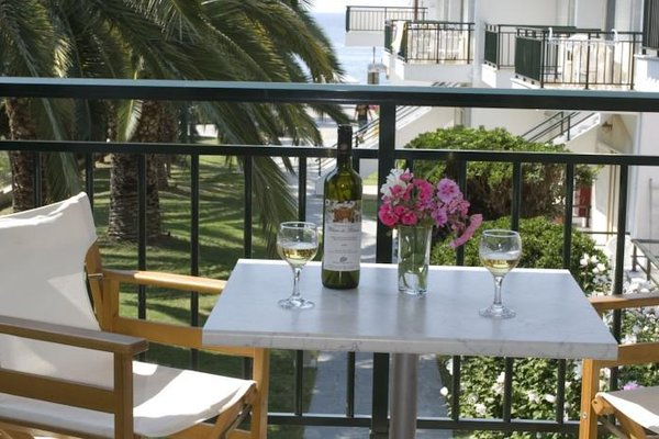 Miramare Hotel - фото 16