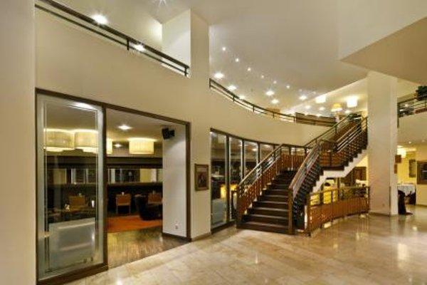 Hotel Grauer Bar - 15