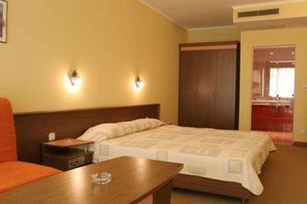 TRAKIA PLAZA HOTEL - 4