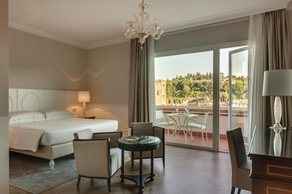 Plaza Hotel Lucchesi - фото 10