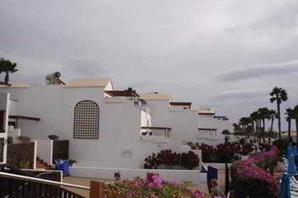 Flamingo Beach Resort - фото 6