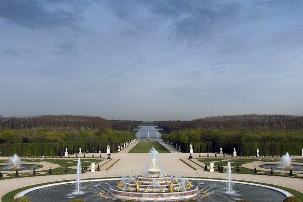 ibis Versailles Chateau - 19