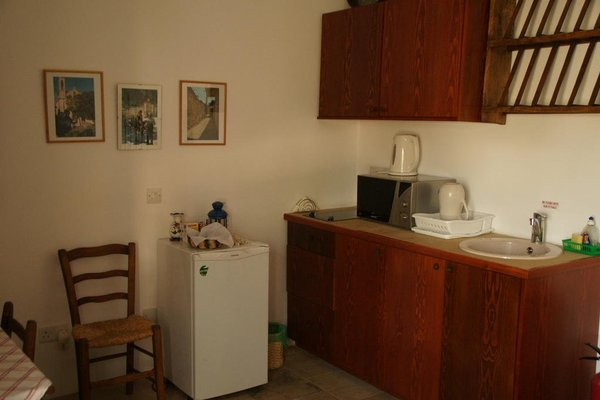 Rotis Residence - фото 12