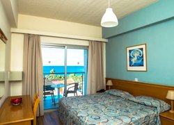 Helios Bay Hotel and Suites фото 2