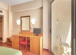 Flamingo Beach Hotel фото 2
