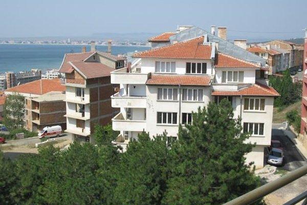 Grandview Apartments - фото 50
