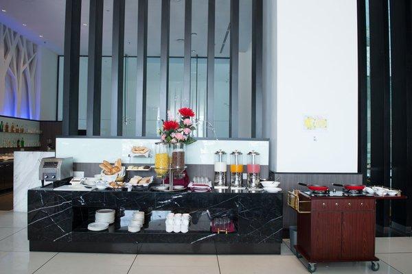 Grand Alora Hotel - 11