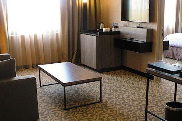 Grand Alora Hotel - 17