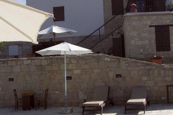 Elpida's Stone Houses - фото 21