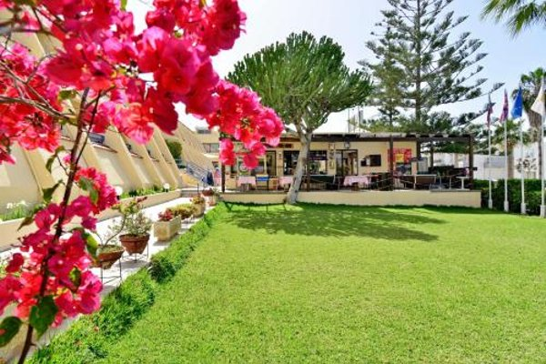 Napa Prince Hotel Apts - фото 19