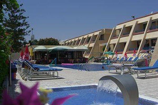 Napa Prince Hotel Apts - фото 21