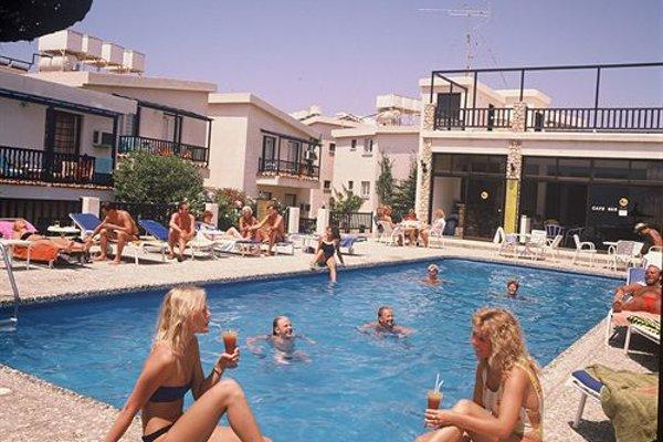Aphelandra Hotel Apartments - фото 20