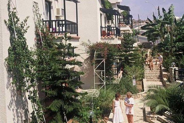 Aphelandra Hotel Apartments - фото 23
