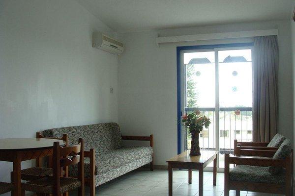 Aphelandra Hotel Apartments - фото 4