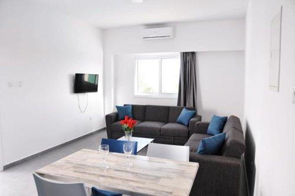 Kaos Hotel Apartments - фото 5