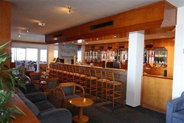 Adelais Bay Hotel - 12