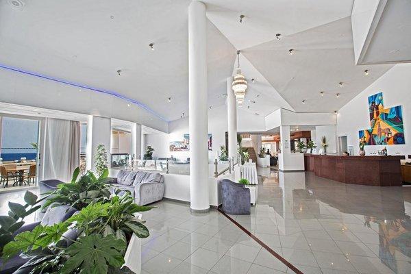 Adelais Bay Hotel - 15
