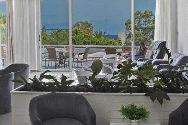 Adelais Bay Hotel - 17