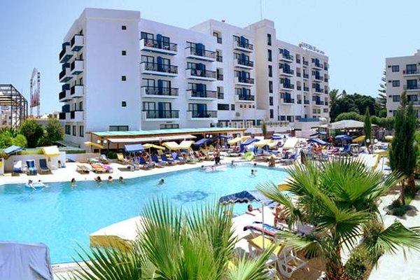 Kapetanios Bay Hotel - фото 50