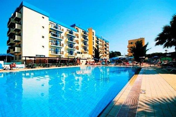 Kapetanios Bay Hotel - фото 21