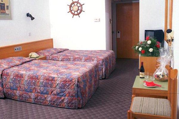 Kapetanios Bay Hotel - фото 4