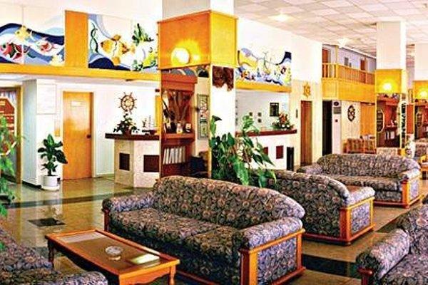 Kapetanios Bay Hotel - фото 7