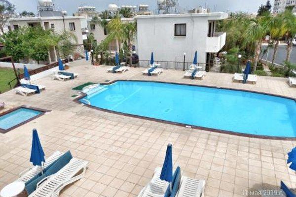 Maricosta Apartments - фото 18
