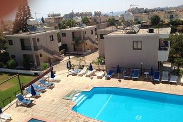 Maricosta Apartments - фото 19